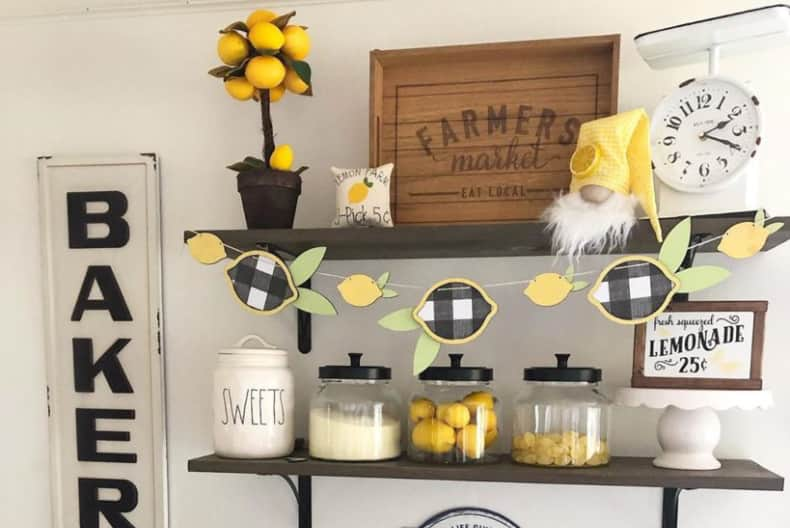 Post featured image for 5 ways of decorating your farmhouse kitchen with lemons