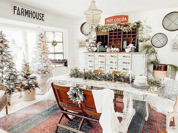 rustic farmhouse dining room table and bench