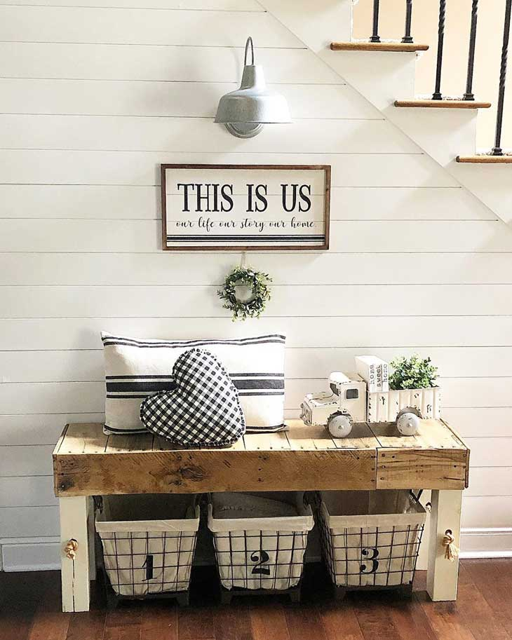 entryway farmhouse bench table with pillow decor and farmhouse sign