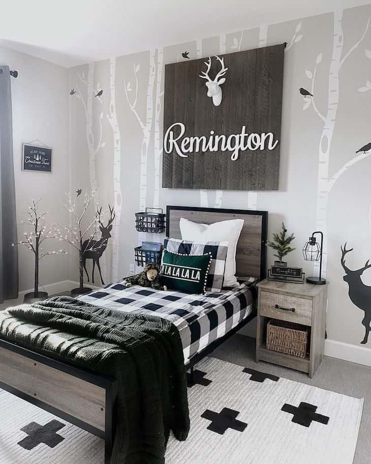Hunters, wildlife inspired kids room with Christmas decor
