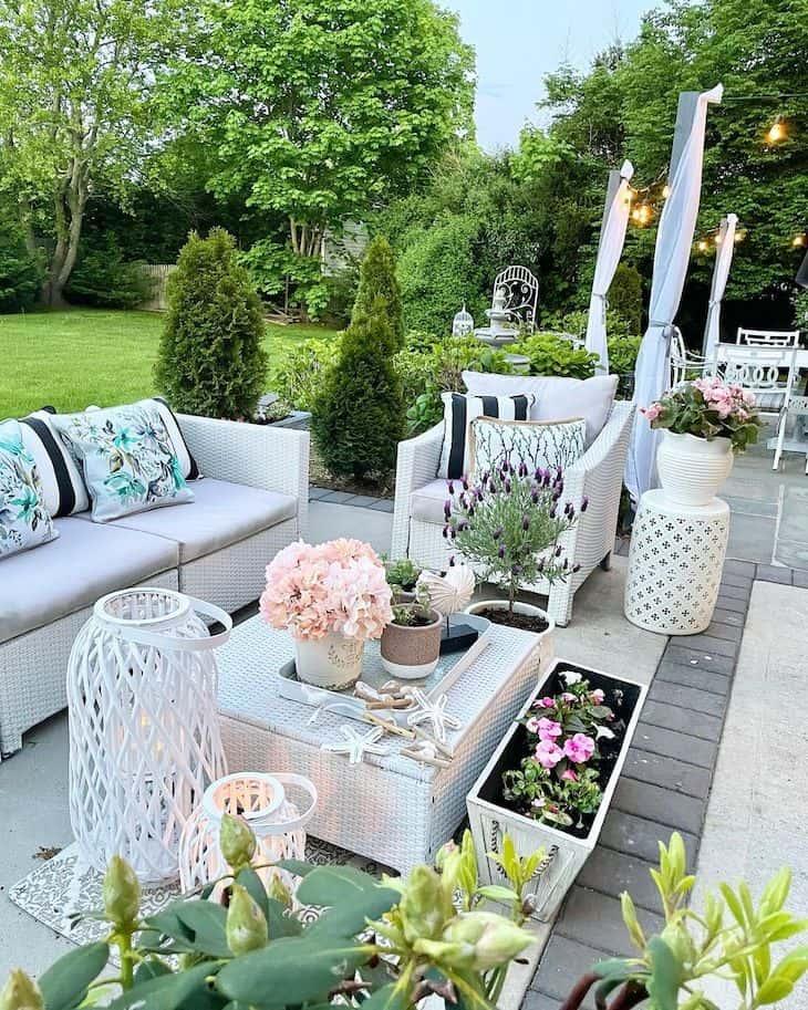 Garden patio decor