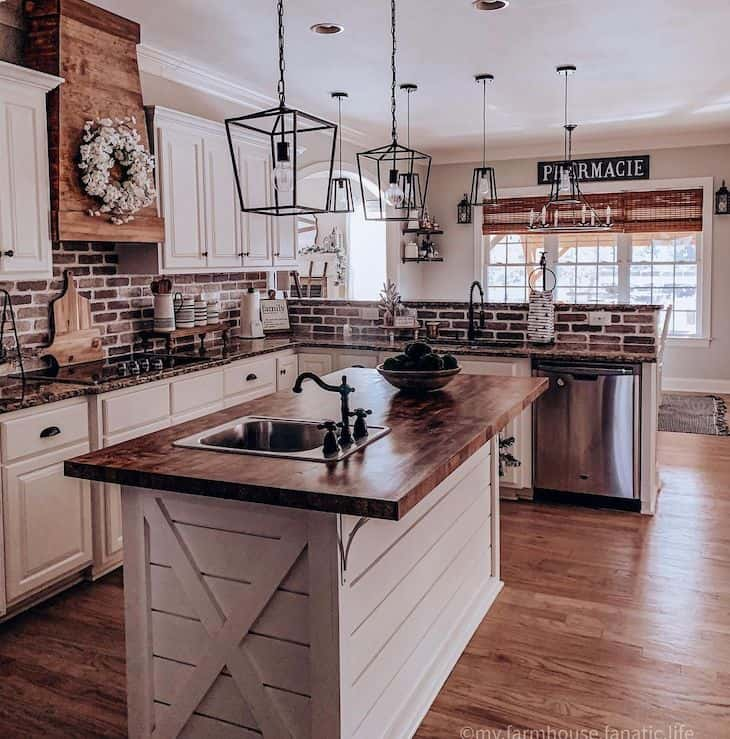 Rustic white and wood kitchen
